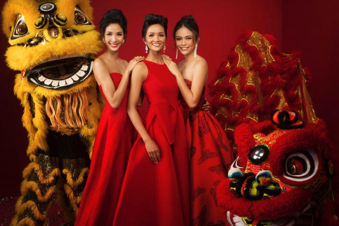 Bộ ảnh chúc xuân 2018 của dàn Hoa hậu Hoàn vũ