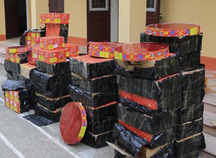 Pháo lậu dần nhộn nhịp ở vùng biên giới Cha Lo - Quảng Bình.