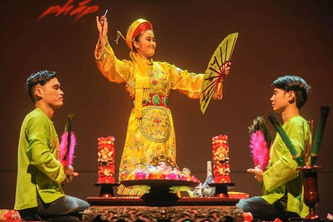 Trải qua nhiều thăng trầm, việc thực hành nghi lễ thờ Mẫu Tam phủ đã được thế giới vinh danh. Ảnh: Thùy Dương