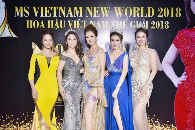 Hoa hậu Hoàng Kim quyến rũ, hé lộ việc góp mặt trong phim