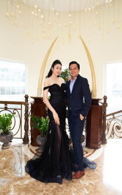 Hoa hậu Nhật Phượng luôn gây được sự chú ý với ngoại hình quyến rũ và tính cách thân thiện, hiền hoà.