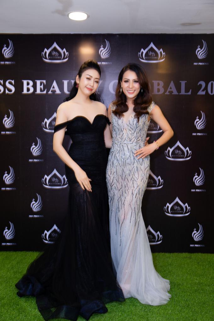Hoa hậu Nhật Phượng và trưởng ban tổ chức Miss Beauty Global Sally Nguyễn