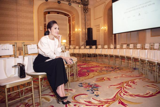 Sau ly hôn, Dương Cẩm Lynh chăm chỉ làm việc vì con nhỏ