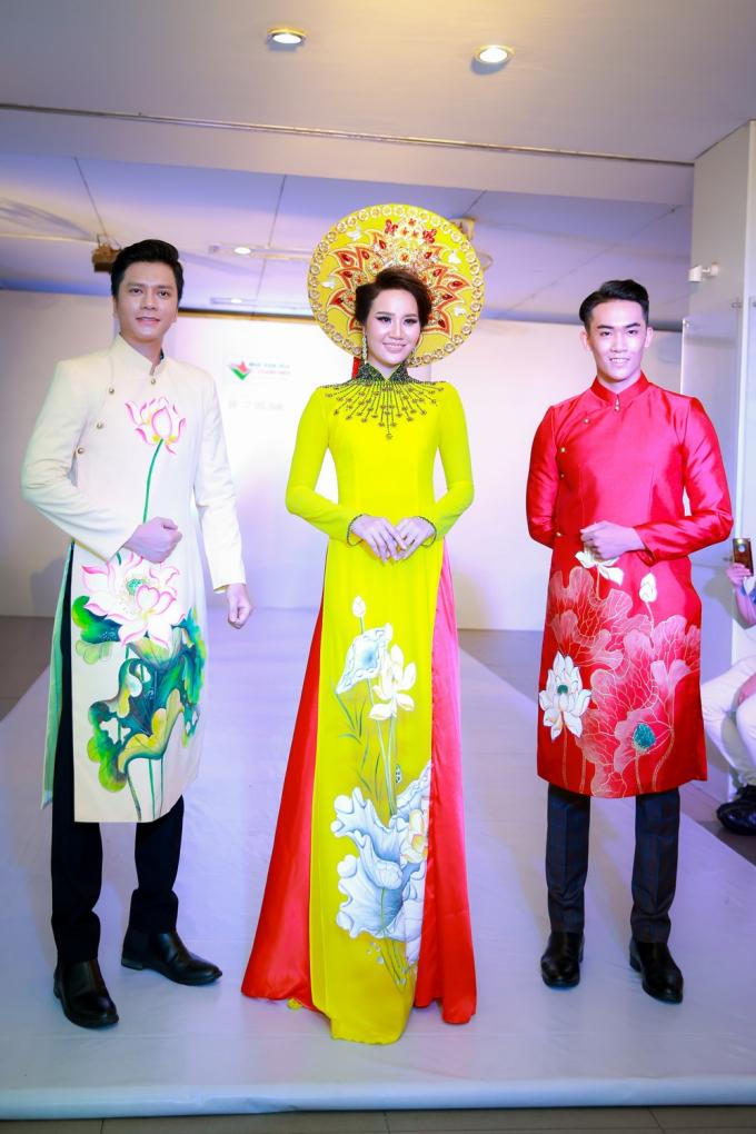 Thần thái và chuyên nghiệp, Á hậu Dương Yến Phi tỏa sáng với vai trò vedette cho NTK Nguyễn Tuấn