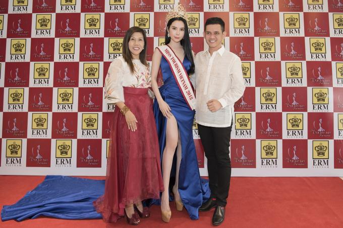 Á khôi Huỳnh Vy chính thức đại diện Việt Nam tham gia Miss Tourism Queen Worldwide 2018