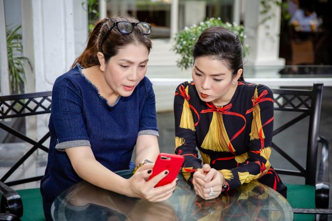 Đạo diễn Việt Thanh và Lệ Quyên.