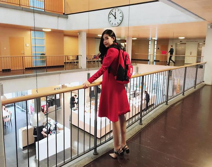 Hoa hậu Đại dương 2017 hiện đang ở Châu Âu để theo học chương trình Thạc sĩ Quản lý sự kiện quốc tế.