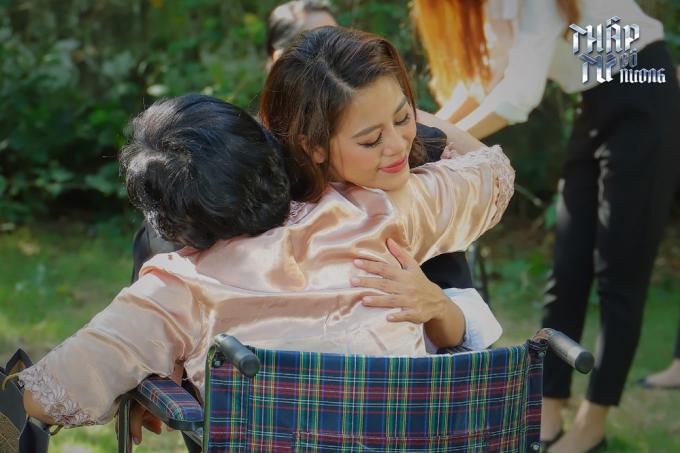 Nam Thư làm gái giang hồ, diễn cảnh nóng trong phim