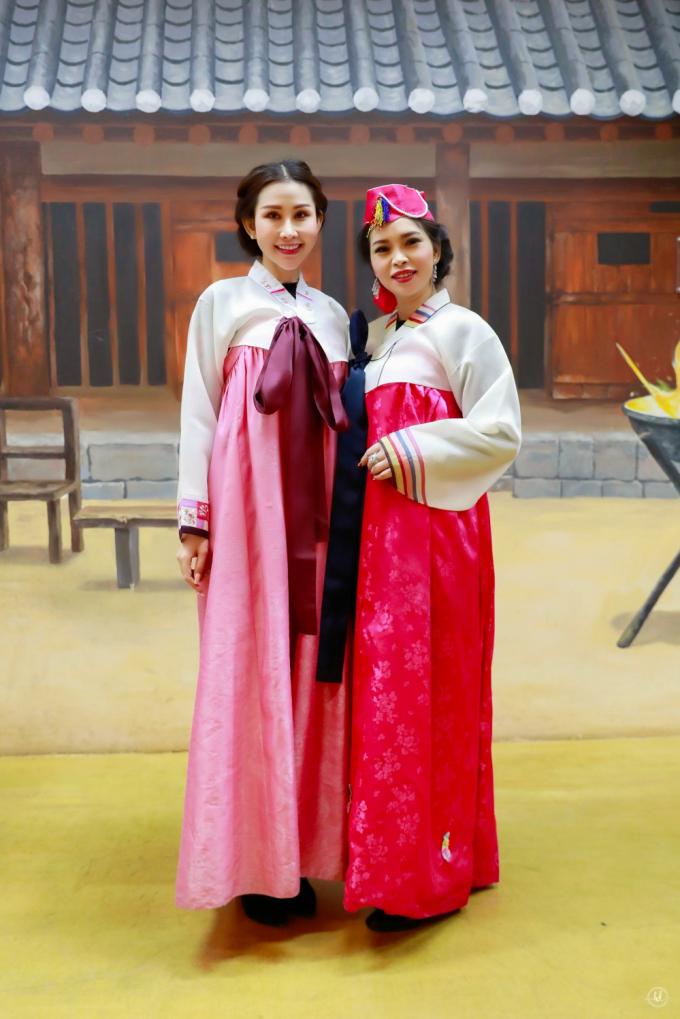 Hoa hậu Chi Nguyễn thả dáng dưới cái lạnh âm độ của Seoul
