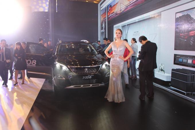 Thế hệ sản phẩm SUV hoàn toàn mới Peugeot 5008 & 3008 được đánh giá là những mẫu xe SUV Peugeot thế hệ mới có sự lột xác về thiết kế, công nghệ, an toàn.