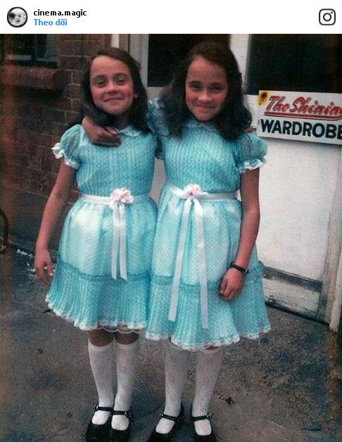 """Hình ảnh đáng yêu ngoài đời thực của cặp chị em song sinh ma, từng gây ám ảnh cho biết bao khán giả trong bộ phim kinh dị """"The Shining""""."""