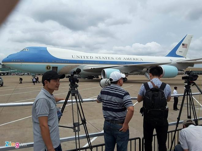 Các phóng viên có mặt tại sân bay Tân Sơn Nhất. (Ảnh: Zing.vn)