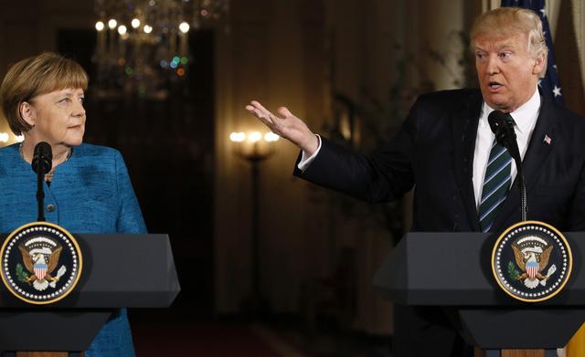 Tổng thống Donald Trump và Thủ tướng Angela Merkel trong cuộc họp báo chung tại Nhà Trắng hôm 17/3 (Ảnh: Reuters)