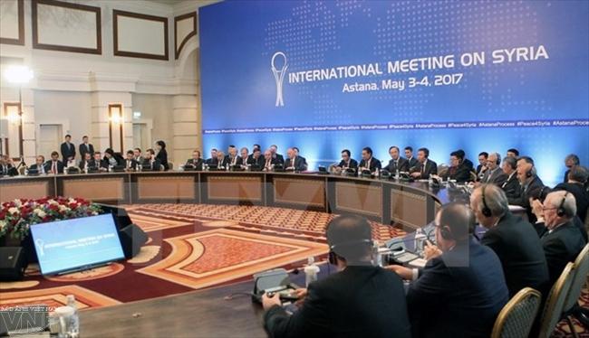 Toàn cảnh vòng hòa đàm Syria ở Astana ngày 4/5. Nguồn: AFP/TTXVN