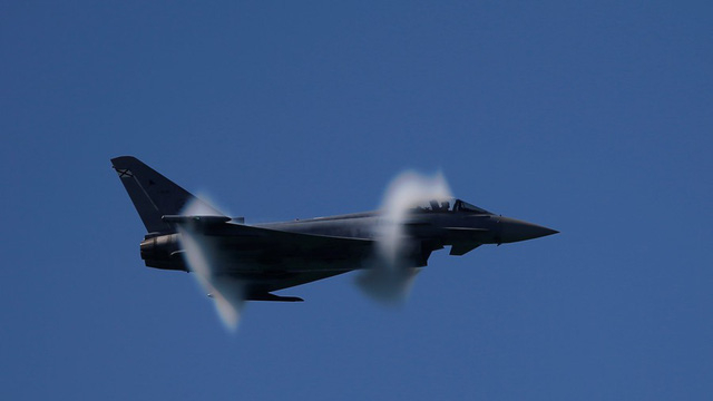 Máy bay chiến đấu Eurofighter Typhoon EF2000 của Tây Ban Nha (Ảnh: Reuters)