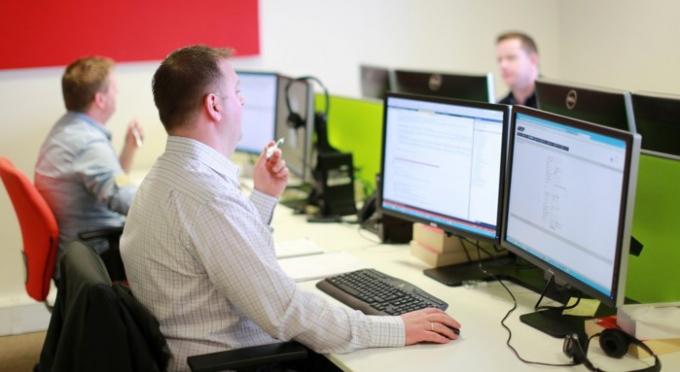 Quản lý phát triển phần mềm - Lương trung bình năm: 108.879 USD