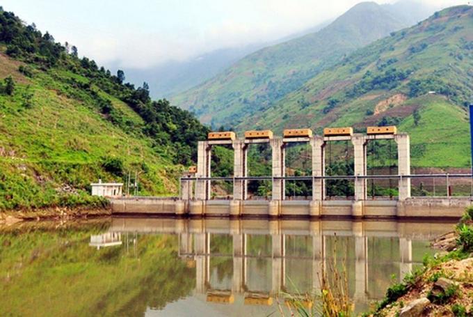 Nhà máy thủy điện Tà Thàng đã hoàn thành và đang vận hành hiệu quả