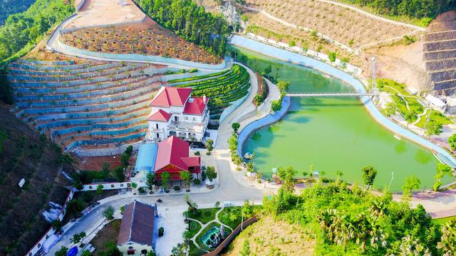 Khu dinh thự của gia đình ông Quý chiếm hơn 13.000m2