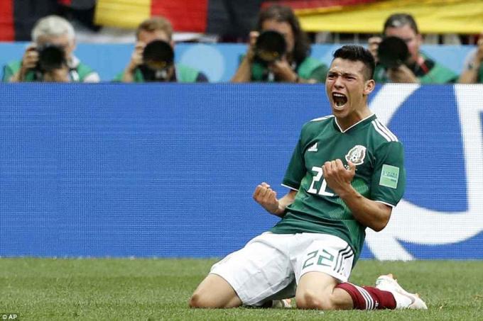 Hirving Lozano sắm vai người hùng của Mexico.