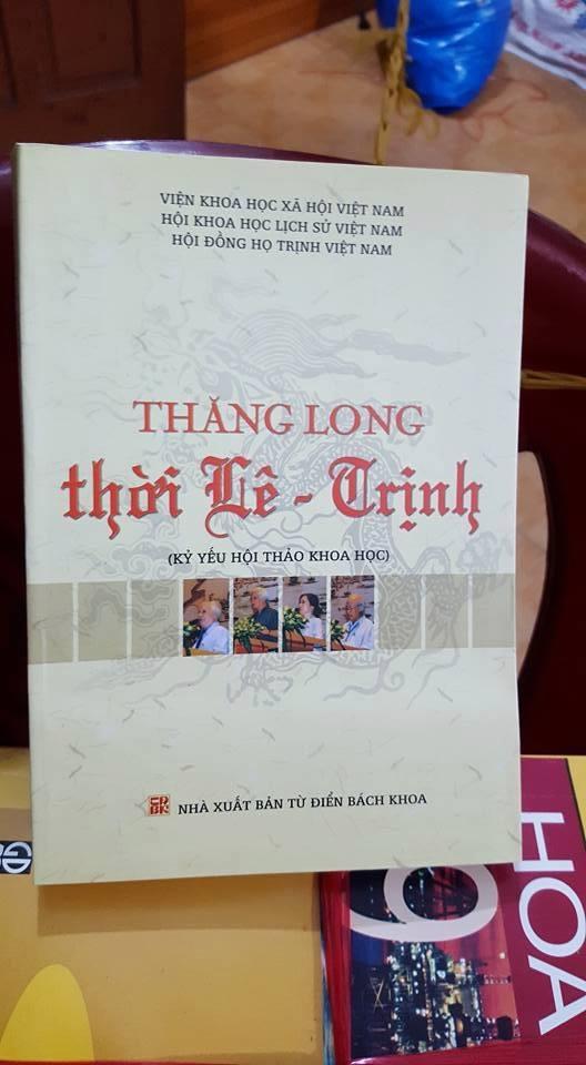 Hơn 20 tấn sách cũ phục vụ độc giả tại Hội sách cũ tháng 4 Hà Nội