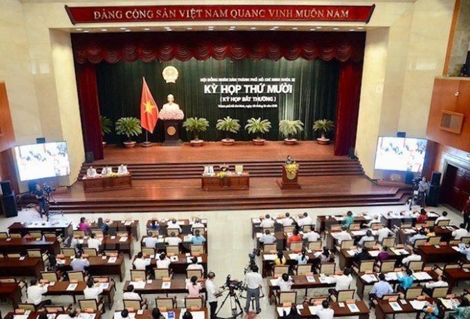 HĐND TP.HCM khóa IX tổ chức kỳ họp bất thường