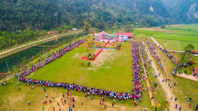 Lễ hội Lồng Tông và Ngày hội văn hóa các dân tộc huyện Lâm Bình Xuân Kỷ Hợi 2019 sẽ diễn ra từ ngày 15 đến ngày 16/2/2019, tức ngày 11 và ngày 12 tháng Giêng năm Kỷ Hợi. (Ảnh Minh Phụng)