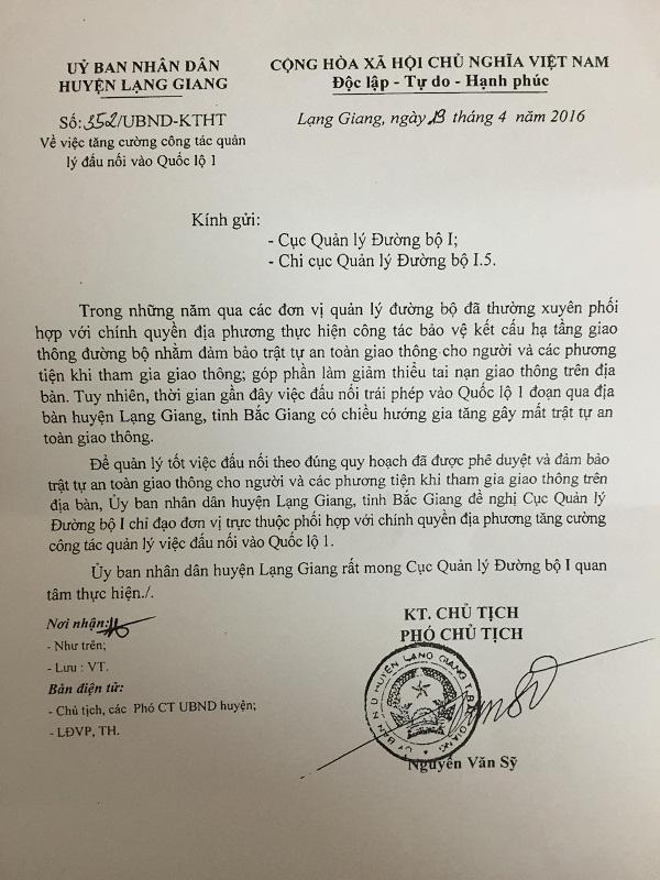 Một trong các văn bản UBND huyện Lạng Giang gửi đơn vị chức năng.