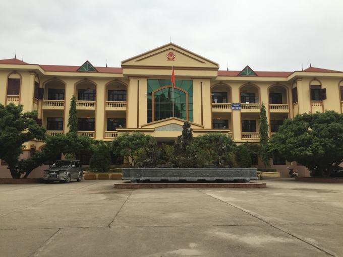Trụ sở UBND huyện Lục Ngạn.