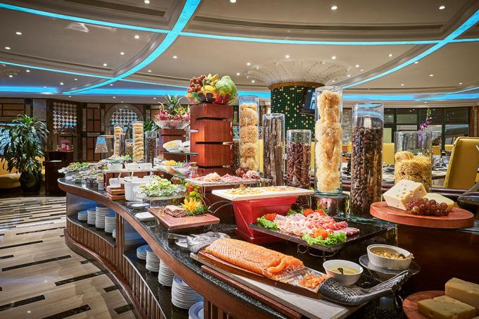 Buffet 5 sao tại Windsor Plaza Hotel được ưu đãi hấp dẫn trên Adayroi.com