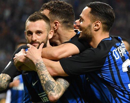 Kết thúc trận đấu, Inter giành chiến thắng với tỉ số 4-0. (Ảnh: Reuters)