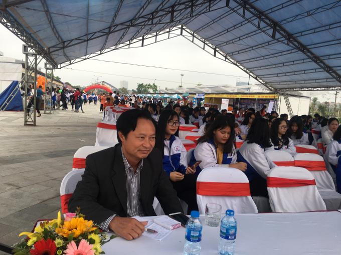 Nhà báo Phan Thế Hải- thành viên biên soạn cuốn sách