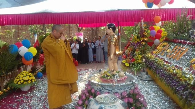 Niệm Phật Nam Mô A Di Đà...