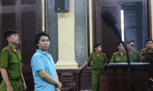 Bị cáo Thùy tại phiên tòa.