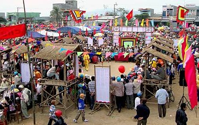 Quang cảnh Hội Bài Chòi ở chợ Gò, huyện Tuy Phước, tỉnh Bình Định. (Ảnh: Hồ sơ đệ trình UNESCO)