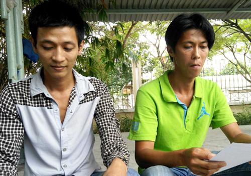 Hai anh em Đồng – Trạng đến công an quận 7 nhận quyết định đình chỉ vụ án, đình chỉ bị can.