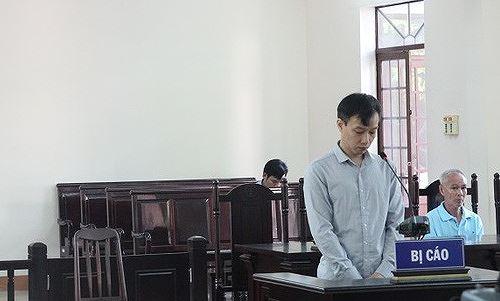 Bị cáo Vương Chí Nhân tại tòa. (Ảnh Báo Giao thông)