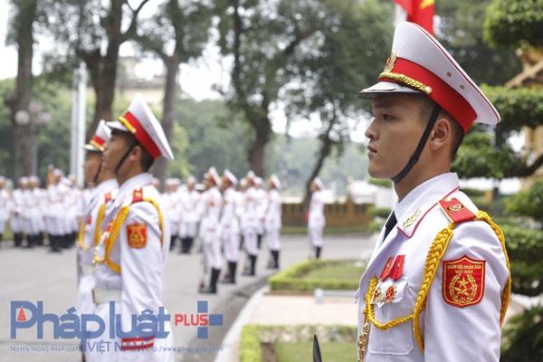 Việc hình thành cộng đồng ASEAN là kết quả của gần nửa thế kỷ phấn đấu vươn lên của tất cả các nước Đông Nam Á. Các nỗ lực vì hòa bình, hữu nghị, hợp tác và phát triển cho tất cả các dân tộc là yếu tố quyết định đưa đến thành công của ASEAN.Ảnh: Như Trường