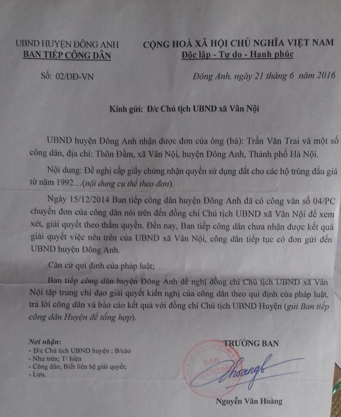 UBND huyện Đông Anh ra văn bản chỉ đạo UBND xã Vân Nội để xem xét giải quyết, nhưng UBND xã Vân Nội không giảii quyết, chưa báo cáo về huyện theo thời gian quy định.