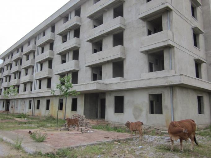 Đây là dự án nhà ở xã hội cho công nhân đầu tiên tại Thanh Hóa nhưng nay lại bị bỏ dở.