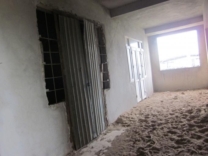 Công nhân hãy cứ hi vọng rằng, năm sau mọi người sẽ được ở đến ở nhà mới.