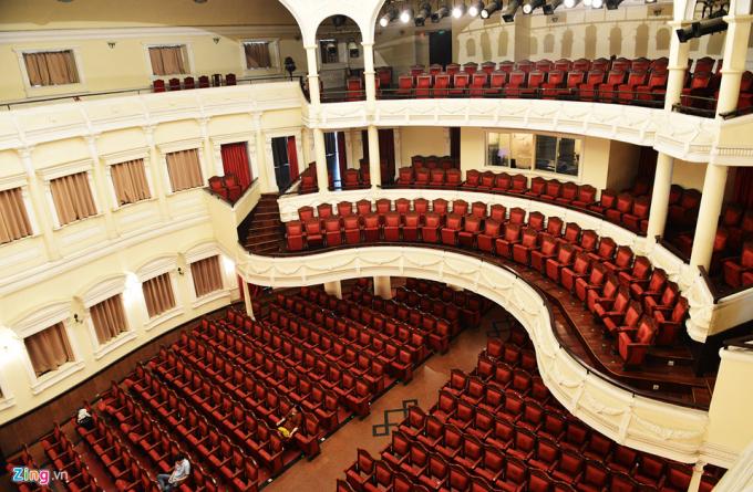 Nhà hát được khánh thành từ năm 1900 này có sức chứa 400 chỗ ngồi.