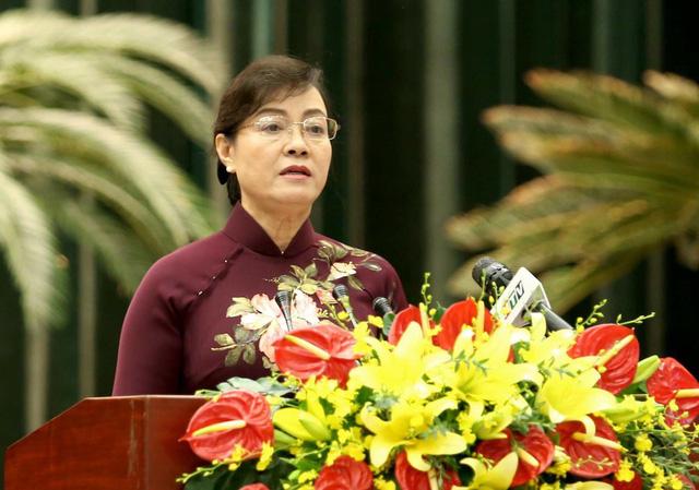 Chủ tịch HĐND TPHCM Nguyễn Thị Quyết Tâm cho rằng đây là thời điểm thích hợp thông qua chủ trương đầu tư nhà hát 1.500 tỷ đồng tại Thủ Thiêm, nếu không đủ bản lĩnh thông qua thì mãi mãi không làm được công trình văn hóa lớn.