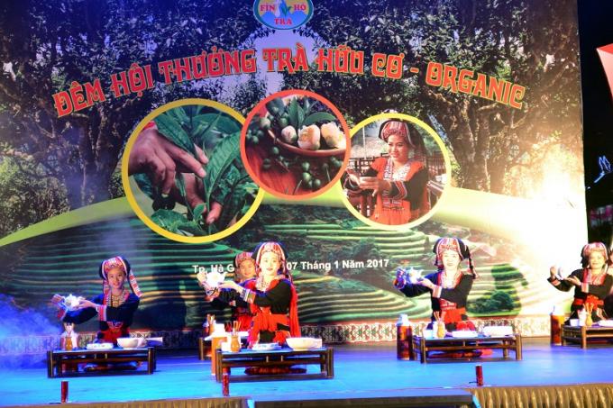 Đêm hội thưởng trà Hữu cơ được tổ chức là hoạt động văn hóa thiết thực nhằm tôn vinh cây chè, người trồng, chế biến và xây dựng.