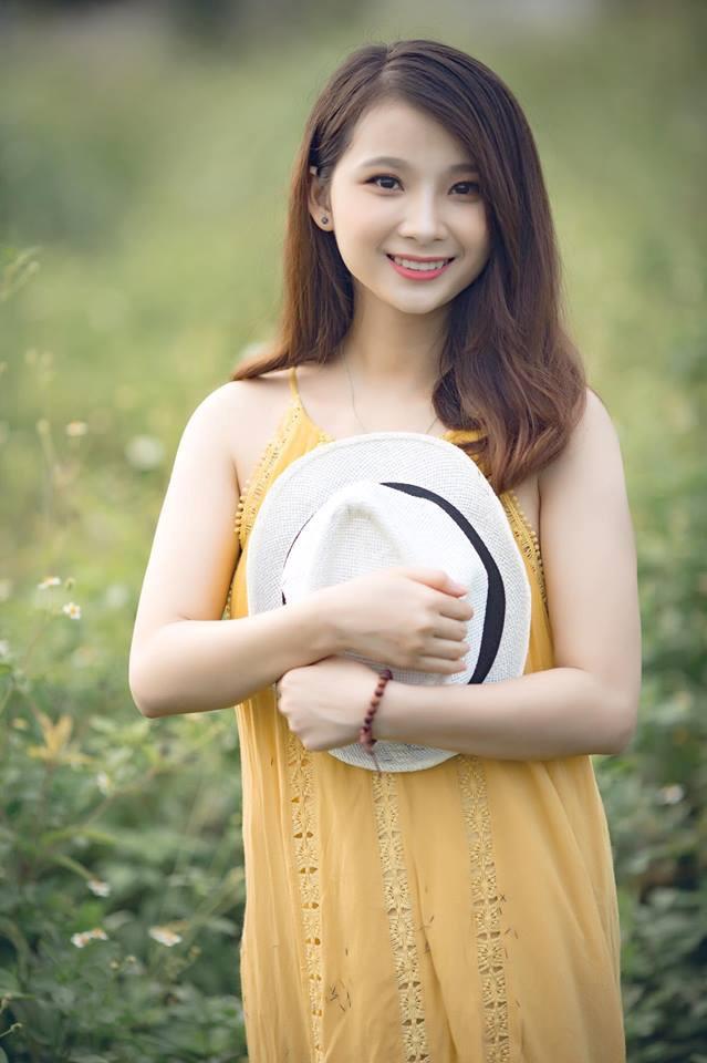 Vẻ đẹp rạng ngời của Linh Trang