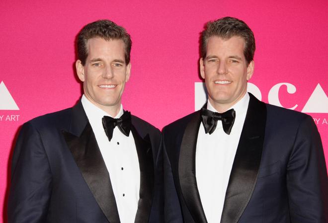 Cặp sinh đôi này đã từng kiện Mark Zuckerberg, tuyên bố là Mark đã cướp ý tưởng về Facebook.