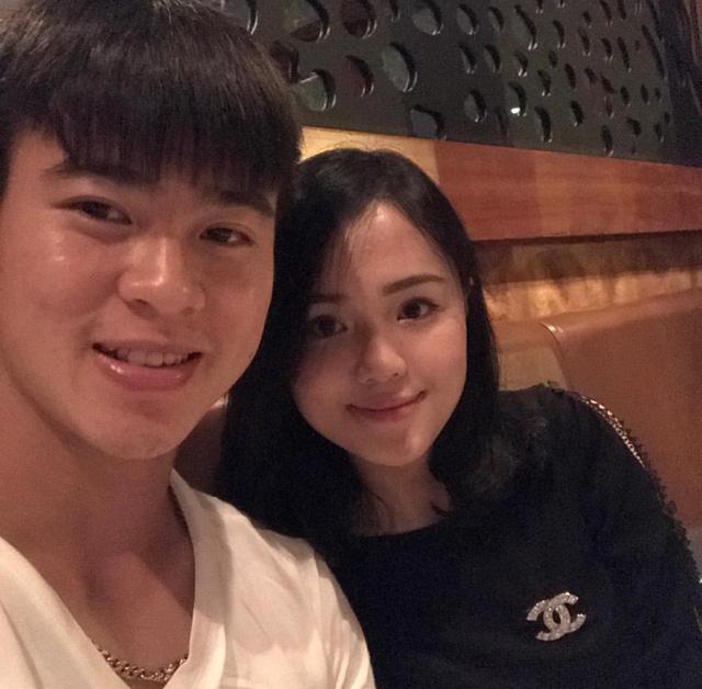 Trên trang cá nhân, Duy Manh thường gọi bạn gái Quỳnh Anh với nickname đáng yêu là