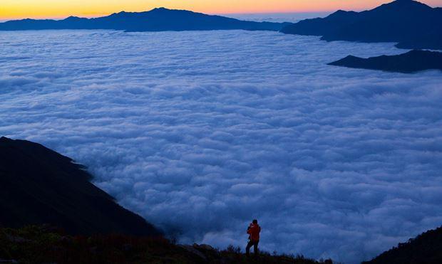 Biển mây trên đỉnh Tà Chì Nhù.