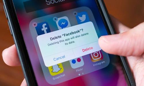 Trung bình cứ bốn người Mỹtham gia khảo sát của Pew thì có một người đã xóa ứng dụng Facebook.
