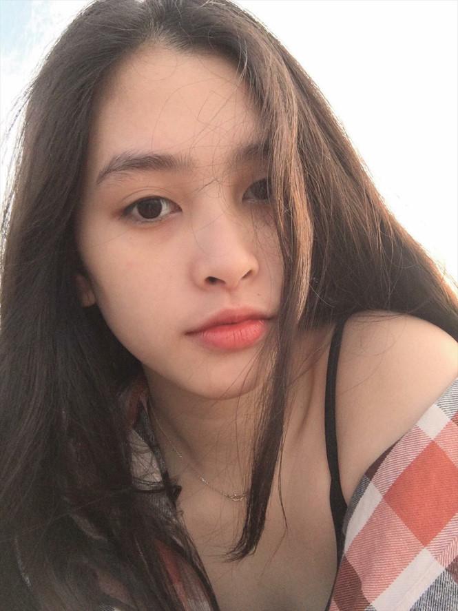 Vẻ đẹp đời thường của Hoa hậu Việt Nam Trần Tiểu Vy. NGUỒN: FB TRẦN TIỂU VY