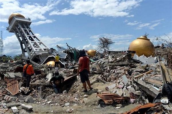 Cảnh đổ nát sau vụ động đất và sóng thần tại Balaroa, Palu, Trung Sulawesi của Indonesia. (Ảnh: THX).